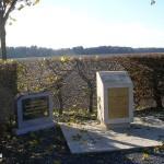 Lantheuil, stèle aérodrome B9 & stèle Wt Officer Carl Mc Convey