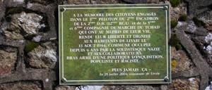 Livaie, monument lettrine