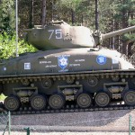 Mézières-sur-Ponthouin, char Sherman M4 A1