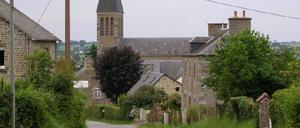 Montilly-sur-Noireau, ville lettrine