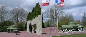 Montormel, monument lettrine