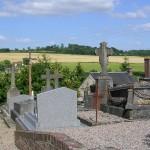 Orville, l'église Saint-Brice et le cimetière