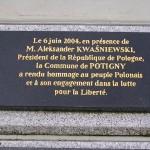 Potigny, plaque Président Aleksander Kwasniewski