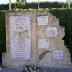 Rosel, monument aux Morts et plaque soldats canadiens