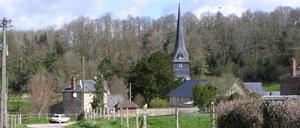 Sainte-Marguerite-des-Loges, ville lettrine