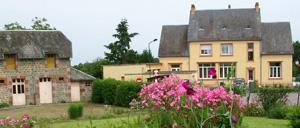 Saint-Georges-d'Annebecq, ville lettrine