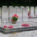 Saint-Vaast-en-Auge, tombes parachutistes 6th Airborne Division