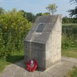 Bénouville, stèle Horsa Lieutenant Wood