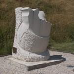 Biéville-Beuville, monument 50e anniversaire du Débarquement