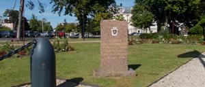 Cabourg, monument lettrine
