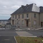 Cahagnes, la mairie et la poste