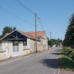 Périers-sur-le-Dan, rue de l'église
