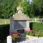 Les Autels-Saint-Bazille, plaque Flight Lieutenant Miron