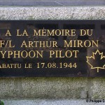 Les Autels-Saint-Bazille, plaque Flight Lieutenant Miron