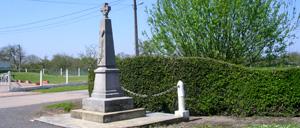 Cernay, monument lettrine