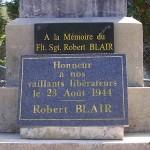 Saint-Martin-de-Bienfaite-la-Cressonnière, plaque Flight Sergeant Robert Blair