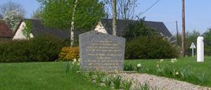 Saint-Martin-de-Mailloc, monument lettrine