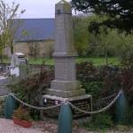 Soulangy, monuments aux Morts & plaques libérateurs canadiens