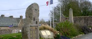 Tréauville, monument lettrine