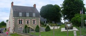 Saint-Côme-du-Mont, musée lettrine