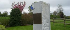 Villiers-Fossard, monument lettrine