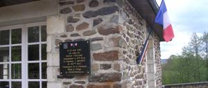 Francheville, monument lettrine