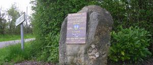 Montmerrei, monument lettrine