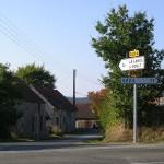 La lande-de-Goult, l'entrée du bourg