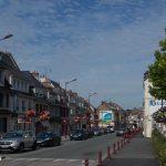 Dozulé, la Grande Rue