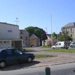 Cesny-Bois-Halbout, place de la mairie