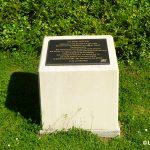 Tilly-sur-Seulles, stèle Lieutenant Peter Roper