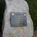 Carrouges, stèle soldats 2e DB