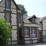 Avernes-Saint-Gourgon, la mairie