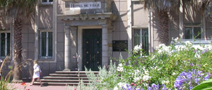 Cherbourg-Octeville, monument lettrine