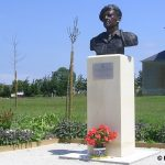 Amfreville, stèle commandant Kieffer