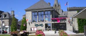 Montebourg, ville lettrine