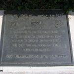 Sainte-Mère-Église, parc mémorial La Fière, plaque 325th GIR