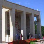 Colleville-sur-Mer – Saint-Laurent-sur-Mer, cimetière américain, loggia de la bataille