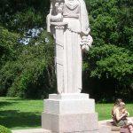 Colleville-sur-Mer – Saint-Laurent-sur-Mer, cimetière américain, statue allégorie les États-Unis