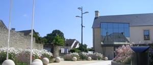 Saint-Martin-des-Entrées, ville lettrine
