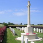 Secqueville-en-Bessin, cimetière britannique, la Croix du Sacrifice
