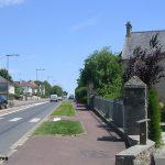 Saint-Hilaire-Petitville, la D974 vers Isigny-sur-Mer