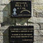 Caen, plaques soldats canadiens