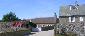 Herqueville, ville lettrine