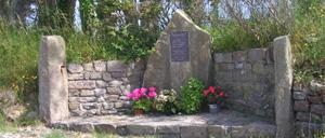 Omonville-la-Rogue, monument lettrine