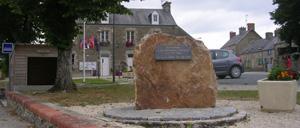 Glatigny, monument lettrine