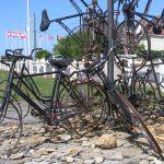 Bernières-sur-Mer, monument « Bicycles units »