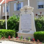 Colleville-Montgomery, monument cimetière provisoire britannique
