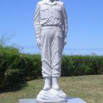 Ouistreham, statue Philippe Kieffer