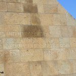 Saint-Laurent-sur-Mer, monument de la Libération